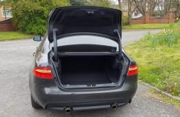 Jaguar XE R-Sport, boot