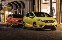 Honda Jazz, 2017, orange and yellow, parked