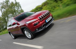 Jeep Cherokee, front