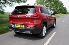 Jeep Cherokee, rear action