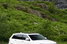 Jeep Grand Cherokee tall