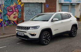 Jeep Compass 2.0 Limited, side