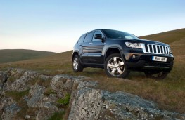 Jeep Grand Cherokee, front, off road