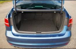 Volkswagen Jetta, boot