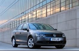 Volkswagen Jetta, front