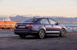 VW Jetta, rear
