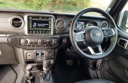 Jeep Wrangler 2.0 Overland 2DR, cabin