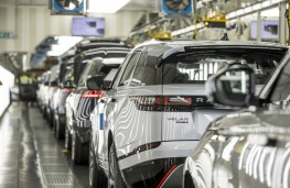Land Rover production, Solihull, 2018