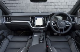 Volvo S60, dashboard
