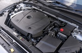 Volvo S60, T5 engine