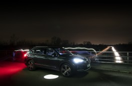 SEAT Tarraco, side, night