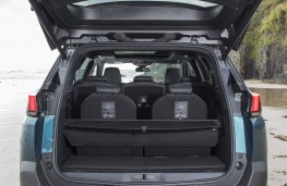 Peugeot 5008, 2017, boot, minimum
