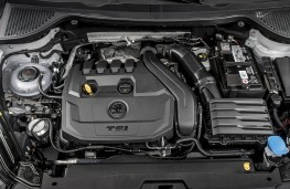 Skoda Karoq, 2018, TSI petrol engine