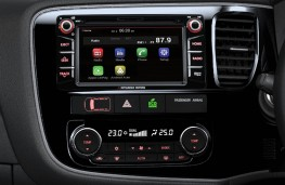 Mitsubishi Outlander Keiko, 2017, Mitsubishi Global Navigation unit, display screen