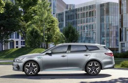 Kia Optima Sportswagon PHEV 2019 profile