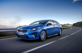 Kia ProCeed, front action 2