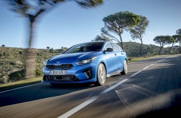 Kia ProCeed, front action