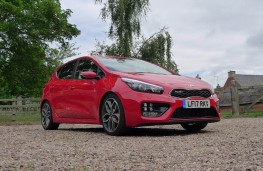 Kia cee'd GT, front static low