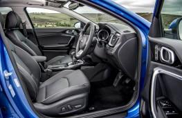 Kia Ceed, front seats