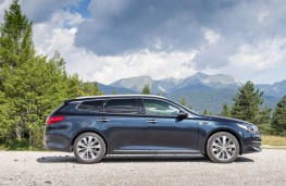 Kia Optima Sportswagon, side static