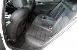 Kia Stinger, rear seat