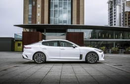 Kia Stinger, static side