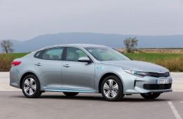 Kia Optima plug-in hybrid, side
