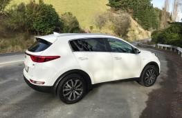 Kia Sportage, New Zealand drive, side