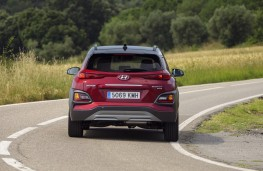 Hyundai Kona 1.6 CRDi, 2018, rear, action
