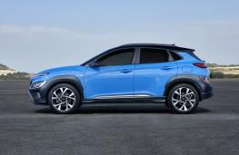 Hyundai Kona, 2021, side