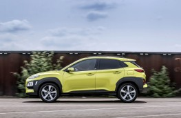 Hyundai Kona Play, 2019, side