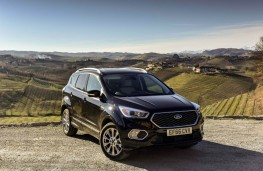 Ford Kuga Vignale, 2017, front, static