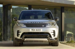 Land Rover Discovery Landmark Edition head on