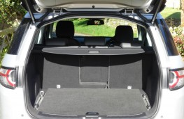 Land Rover Discovery Sport, boot empty