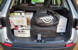 Land Rover Discovery Sport, boot full
