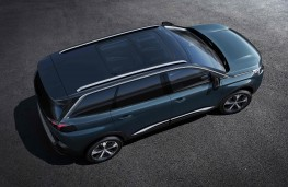 Peugeot 5008, above