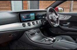 Mercedes E Class coupe, interior