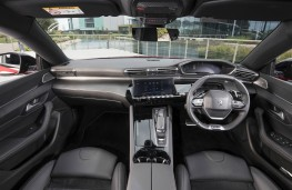 Peugeot 508, dashboard