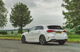 Mercedes-Benz A 180 d AMG Line, rear