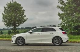 Mercedes-Benz A 180 d AMG Line, profile