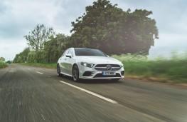 Mercedes-Benz A 180 d AMG Line, dynamic