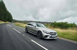 Mercedes C-Class Estate, front