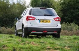 Suzuki S-Cross, rear