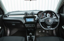 Suzuki Swift Allgrip, dashboard