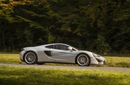 McLaren 570GT, side