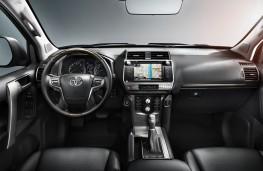 Toyota Land Cruiser, 2018, interior