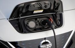 Nissan Leaf, 2018, charging