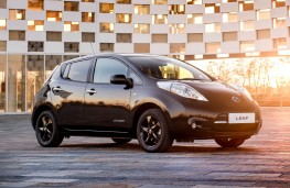 Nissan Leaf Black Edition, 2017, front
