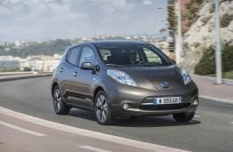 Nissan Leaf 2105, side, action