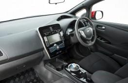 Nissan LEAF AT-EV, 2017, dashboard